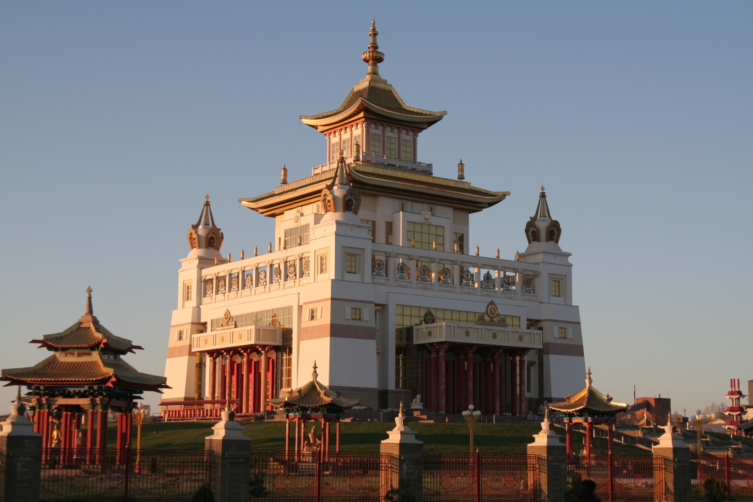 Off the grid – Europe's only Buddhist region: Kalmykia – Guest post by our friend Nils